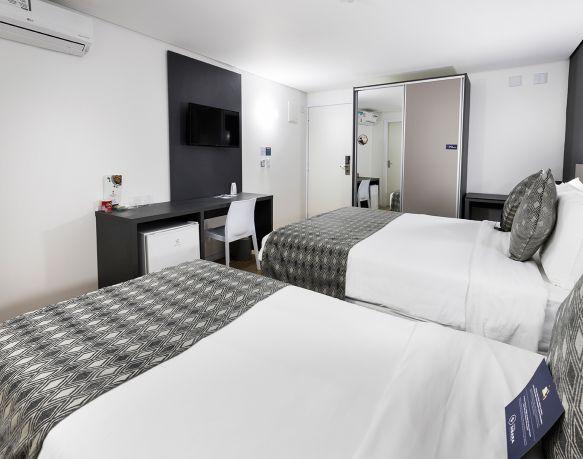 Apto Superior Casal + 01 - 18º Andar - Sibara Hotel