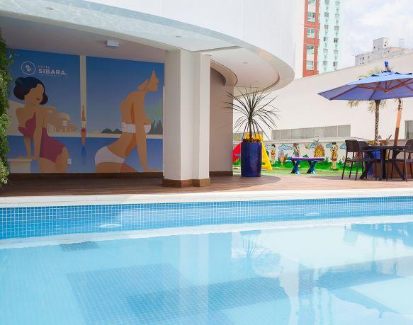 Piscinas Climatizadas - Sibara Hotel